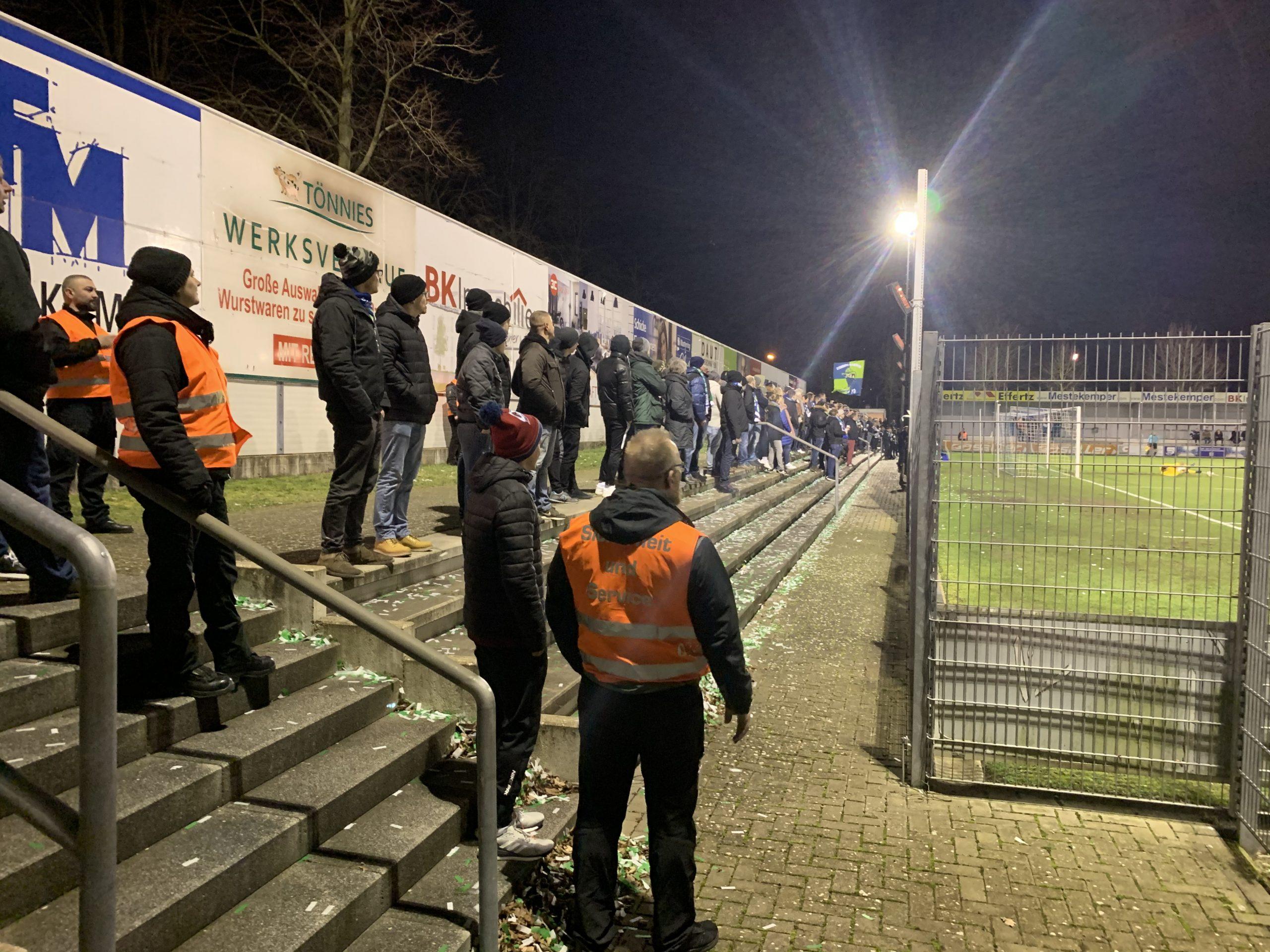 Sicherheitsposten beim Fussballeinsatz