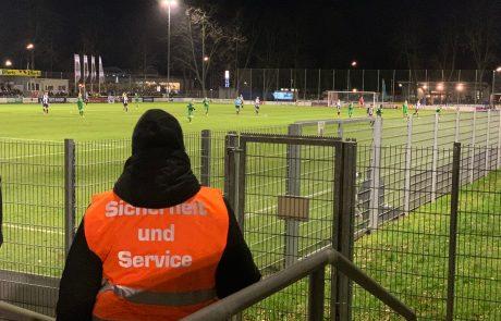 Sicherungsposten Fussballspiel